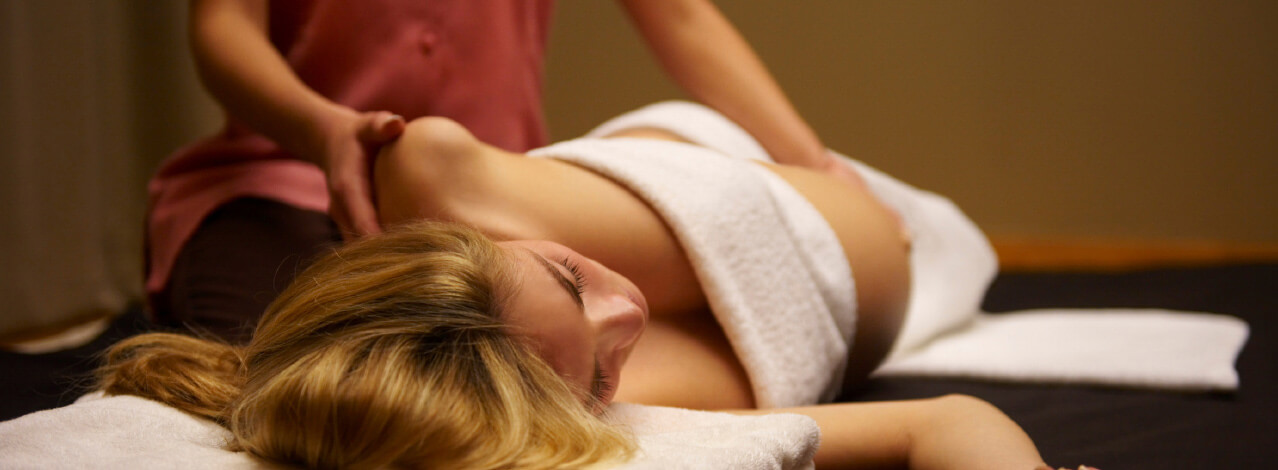 massage i solna erotisk massage norrköping