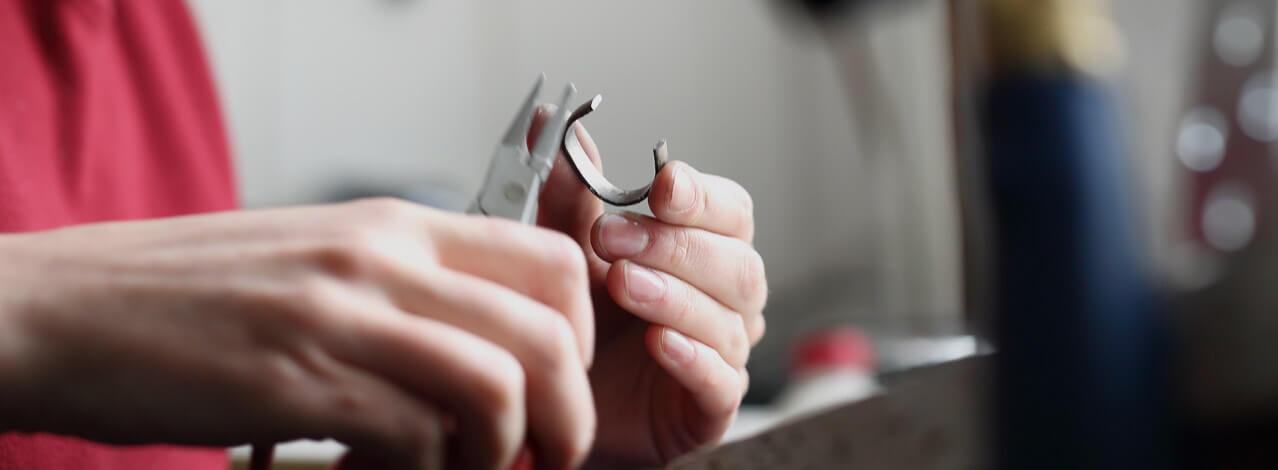 wire smyckestillverkning finns på PricePi.com. 6cde8b28eecfb
